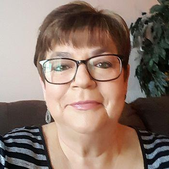 Lori Lipinski - Project Assistant OAWA SK